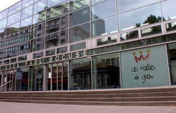 Visite gourmande des Halles Paul Bocuse au cœur de Lyon